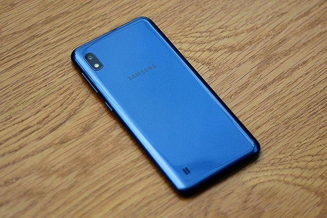 Samsung Galaxy A10 автономность