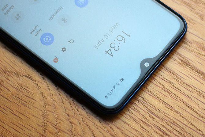 Samsung Galaxy A10 дисплей