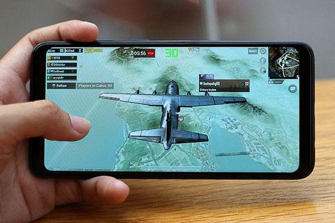 Samsung Galaxy A10 камера