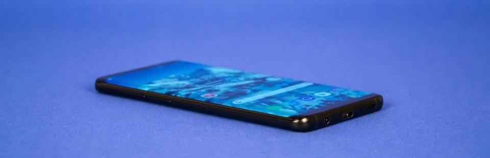 samsung galaxy s10 смартфон