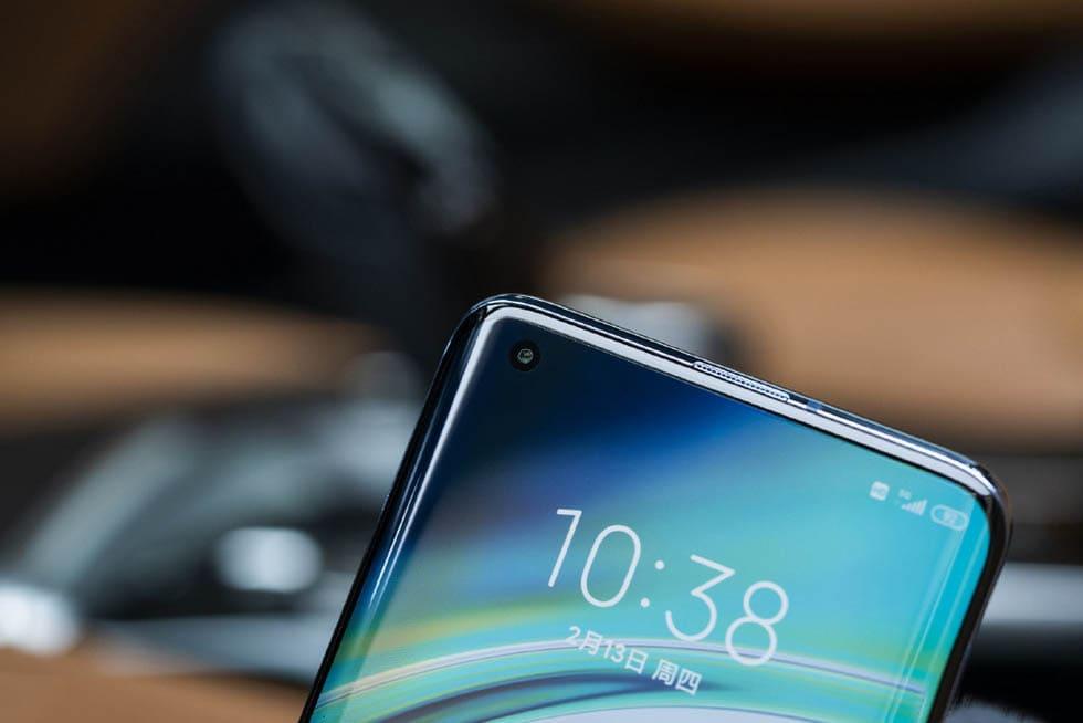 Xiaomi Mi 10 Pro фото