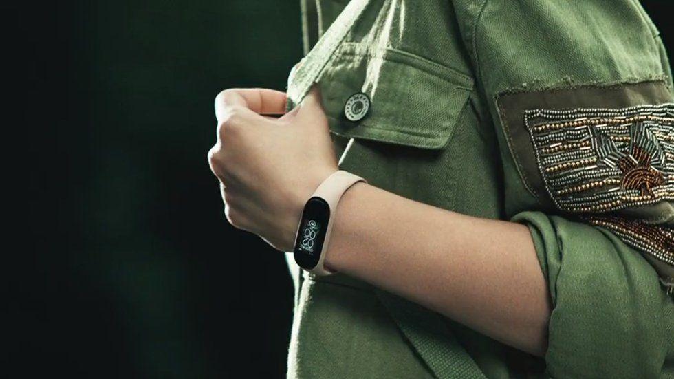 Xiaomi Mi Band 4 обзор и характеристики